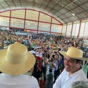 Petrolina (PE)  Governador participa de lançamento do Chapéu de Palha 2017 92493185f11